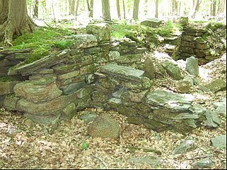 WorpPress Picture, Robert Hess,  Stone Walls of the American Revolution in Connecticut